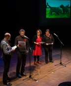 De Pazzi brengen gezamenlijk een viertal gedichten van Haachtenaren omtrent het thema humor.